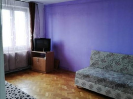Apartament 3 camere Zona Calea Bucuresti,10A38
