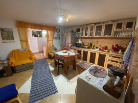 Casa la tara cu 4 camere in localitatea Daia, Judet Sibiu
