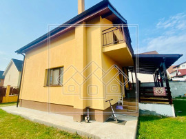 Casa individuala - 105 mp utili, 4 camere si terasa - Calea