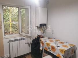 Apartament 2 camere decomandat zona Liceu Navrom