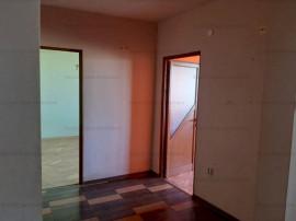 Apartament 2 camere D. Bld Alexandru cel bun