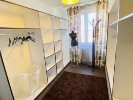 Apartament Modern 3 camere zona 1Mai-Chibrit