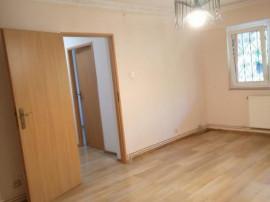 Apartament 2 camere, zona Spitalul Judetean - cod 9163