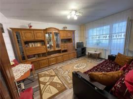 COLOSSEUM: Garsoniera Uranus Bloc Apartamente