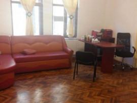 Apartament 5 camere/spatiu 308mp,Central