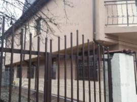 Vila Deosebita cu 4 camere | Renovata in 2017 | Libera | Ber