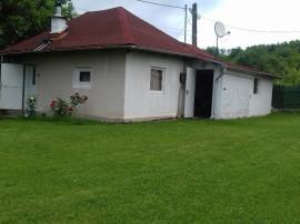 Casa Glambocelu/Arges sau schimb cu ap. in Pitesti/Bucuresti