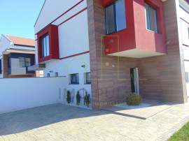 Duplex Design Deosebit, toate utilitatile