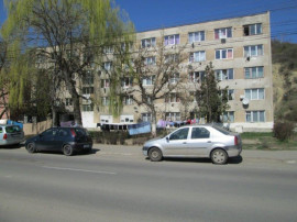 Bloc de garsoniere situat Tarnaveni, Jud. Mures Avram Iancu