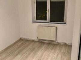 Apartament in zona INEL I – GALERIILE SOVEJA, 3 camere ...