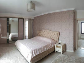 Apartament inchiriere 3 camere in faleza nord