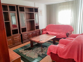 Apartament 4 camere vila zona stadion Pitesti