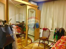 Apartament 3 camere zona linistita Strada Alexandru cel Bun