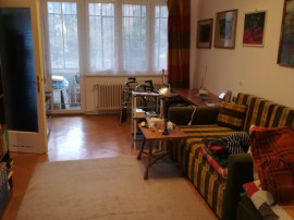 Apartament cu 4 camere, cf. 1, parter/4, zona 7 Noiembrie