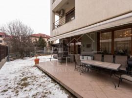 Vila Pipera, Str. Mircea cel Batran, 270 mp, garaj, Comision
