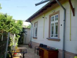 Casa 3 camere, arhitectura deosebita, zona Ana Ipatescu