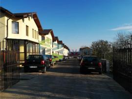 Apartament in Vila 3 camere 55 mp curte Miroslava