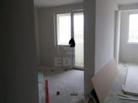 Apartament 2 camere Floresti centru teilor