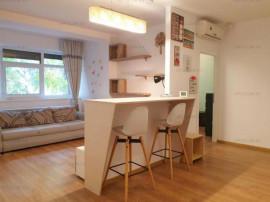 Apartament cu 3 camere Renovat complet in 2018 Parcare M+uti