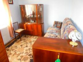 Apartament 4 camere in Deva, suprafata utila 77 mp, Piata