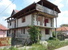 Casa si teren in Tagadau, Arad
