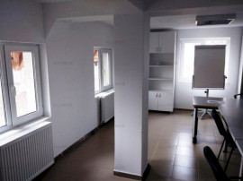 Casa 5 camere si 1000 mp teren in Ploiesti, zona centrala