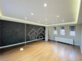 Apartament de in Sibiu - de lux - 4 camere - terasa de 32 m