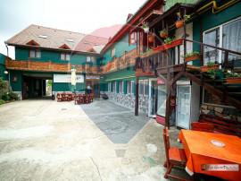 Arad închiriez complex restaurant 3 săli+terasa 1040 m2...