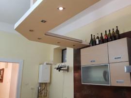 Apartament 2 camere zona centrala 126 mp