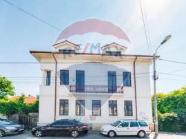 Casa Unirii consolidata si renovata exterior