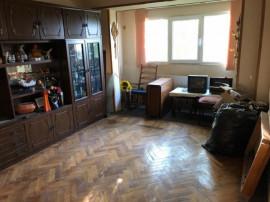Apartament 3 camere zona Obor, etaj 4 cu pod LIBER
