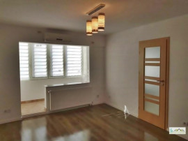 Apartament 2 camere renovat etajul 2 Judetean 103FO