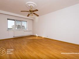 Apartament 1 camera, zona Vlaicu-Fortuna, etaj 8, comision