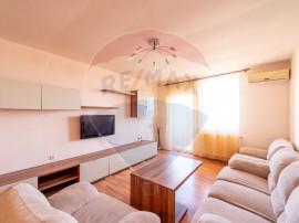 Apartament cu 3 camere de vânzare în zona Grădiște