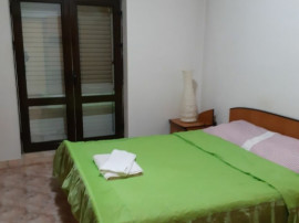 Inchiriez Apartament 2 camere central