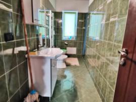 Apartament 3 Camere Decomandat - Etaj 2 -Capat Aleea Parculu