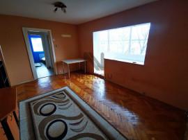Apartament 2 camere, semidecomandat, zona Gh. Lazar