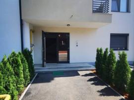 Apartament 2 camere.loc de parcare inclus