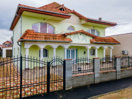 Vila moderna 7 camere de vanzare, zona Confectii