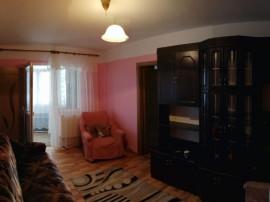 3 camere , renovat , zona Garii