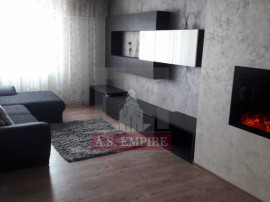 Apartament 4 camere mobilat-utilat - zona Centrul Civic
