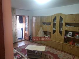 Apartament 3 camere mobilat-utilat - zona Tractorul