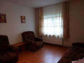 Apartament 2 camere Racadau, decomandat, etajul 1, 66.500€
