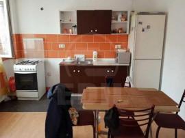 Apartament 1 camera Floresti
