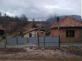 Casa + gradina zona turistica In Coltesti jud Alba