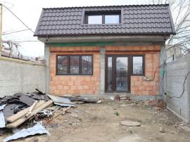 Casa noua din caramida , zona Stefan Cel Mare