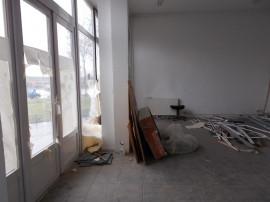 Spatiu comercial, zona Micalaca 300