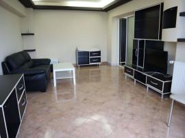 Apartament 3 camere - zona Buzaului