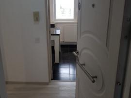 Areni-Apartament 2 camere,renovat total,66000E