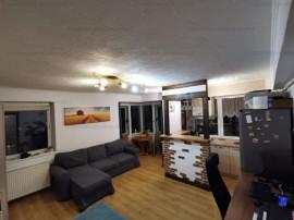 Apartament decomandat, 3 camere-B-dul Garii